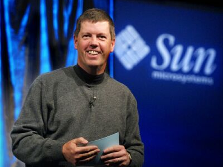 Scott McNealy on stage